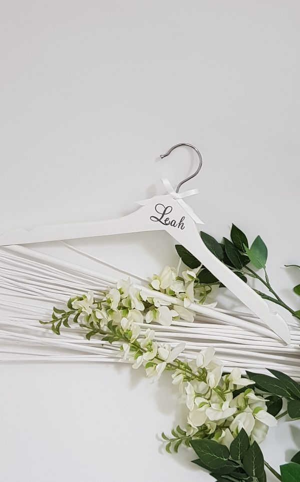 white-adult-coat-hanger-silver-font11