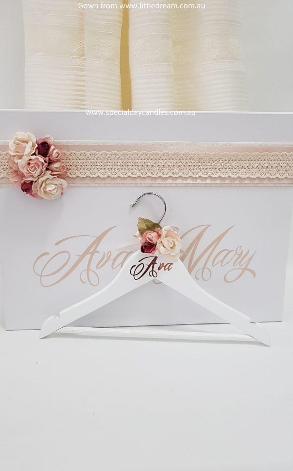 child-coat-hanger-velvet-flowers-font9